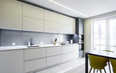Розетки и выключатели в дизайне кухни